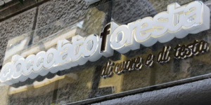 nuovo-negozio-gay-odin-foresta-napoli