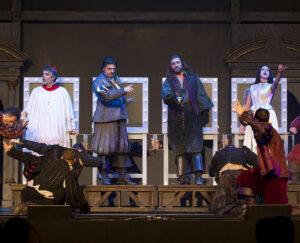 i-promessi-sposi-grandi-musical-palapartenope-2015