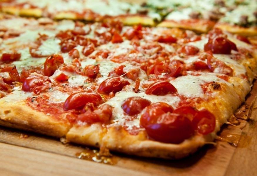 La Credenza Pizzeria : Pizzeria ristorante molino neu in der cupola mitten
