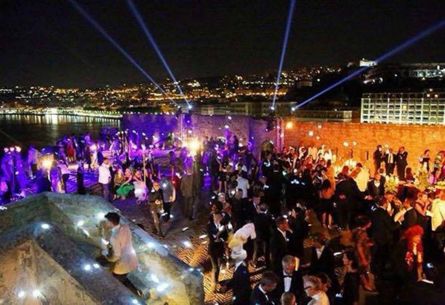 Dolce e Gabbana tornano a Napoli per un nuovo evento esclusivo! 28fe3a4e2d38