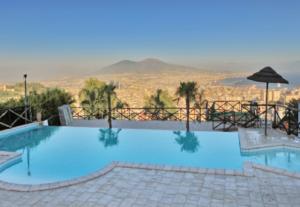 Napoli Piscine A Napoli Estate 2017