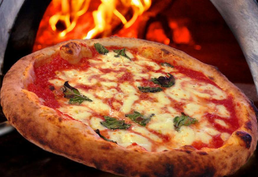 La Credenza Pizzeria : Tavoli da pizzeria pub ristorante in stile a cassino kijiji