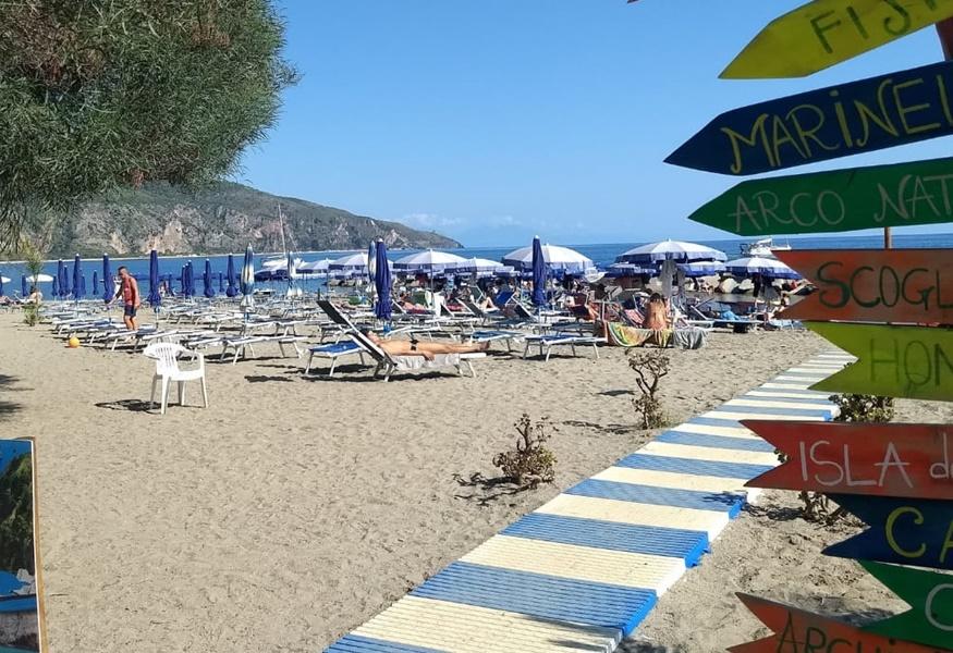 La Credenza Tripadvisor : Una spiaggia cilentana tra le più votate dai turisti su tripadvisor